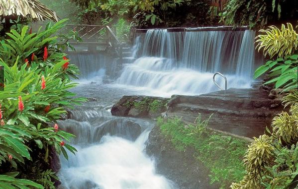 all-inclusive-resorts-in-costa-rica-tabacon-grand-spa-thermal