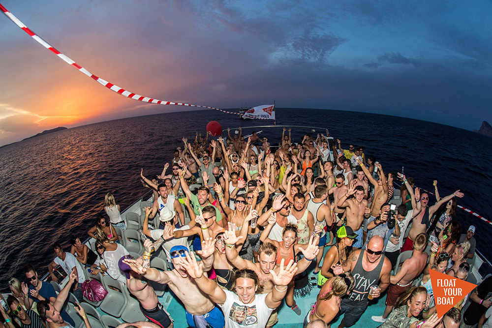 the best boat party